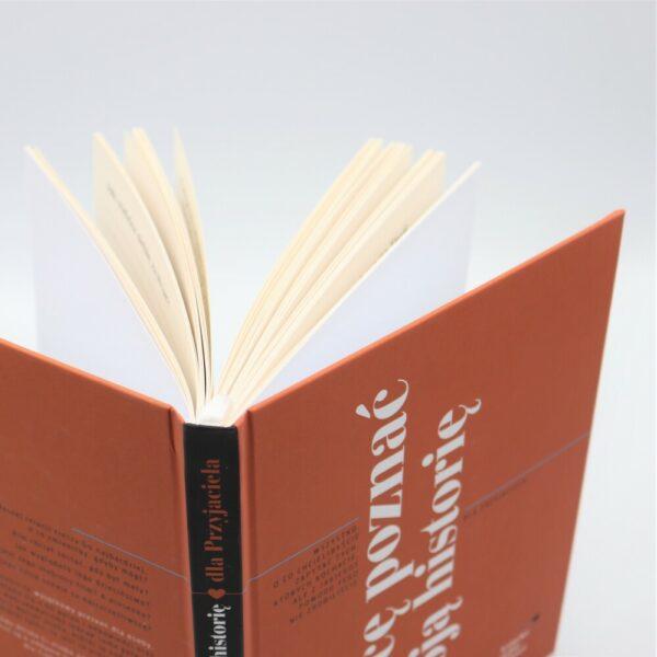 grzbiet książki dla przyjaciela